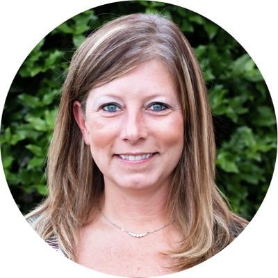 A profile image Mandy Troxell.